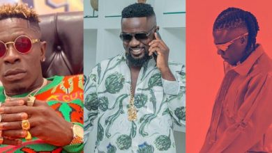 Photo of Shatta Wale led Stonebwoy and Sarkodie to make peace after fight – Insider reveals