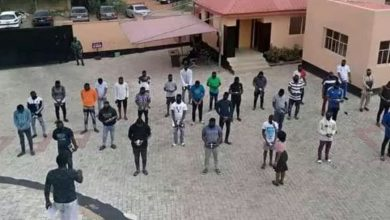 Photo of Ghana Police arrest 33 fraudsters in a dawn Police raid in Accra