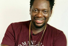 Photo of Klint Da Drunk mourns the death of his father.