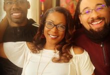 Photo of Woman happily flaunts her two husbands, says they live together in peace