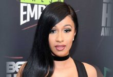 Photo of Cardi B's Fans Let Their Boobs Out To Show Support After The Rapper Accidentally Leaked Her Nude PHOTO | + 18 PHOTOS