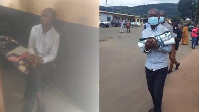 Photo of Mallam arrested for allegedly being contracted to do some rituals with posters of Sam George